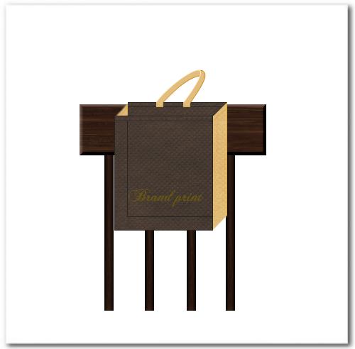 背面の持ち手を椅子の背に掛けます。