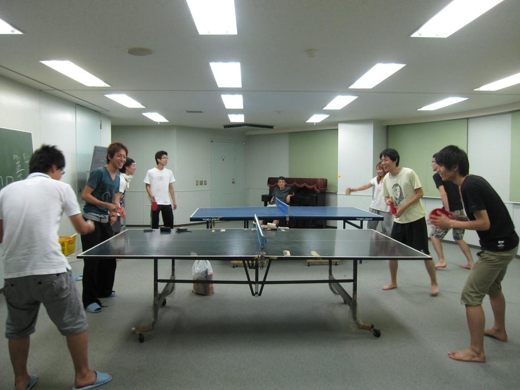夜は卓球大会!!
