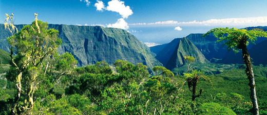 Vue de l'ile de la Réunion (haute-terre). Sources: internet.