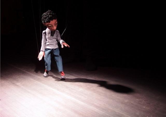...berührt durch feines Marionettenspiel...