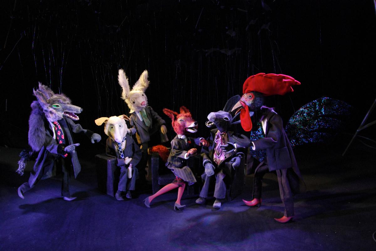 seit 2008 • Namhafte Marionettentheater und Spielinitiativen entstanden aus den Spielkursen. Alle 2 Jahre veranstalten wir mit diesen Eigengewächsen das PendelMarionettenFestival, Hohebuch.