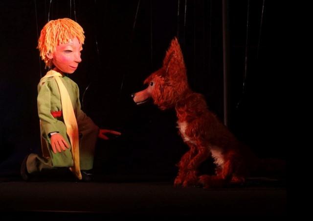"""""""Wie man einen Freund gewinnt"""" (Marionettentheater """"Zaubervogel"""", Edith Nikel, Bad Homburg)."""