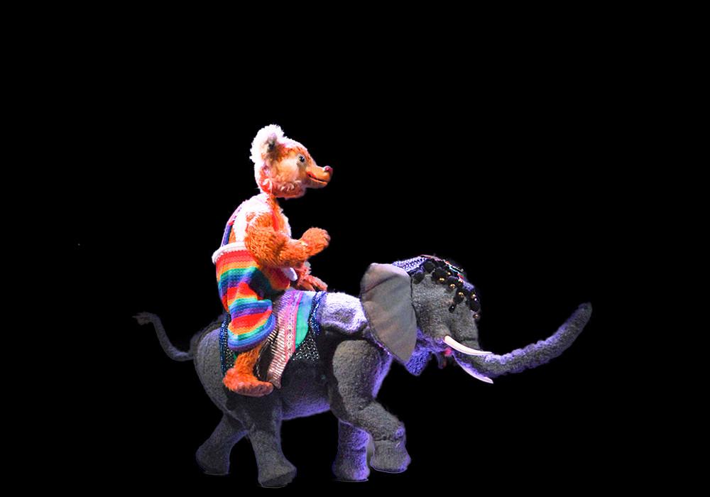 The Elephant dances the waltz,