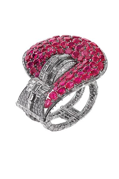 Jarretière cuff bracelet by Van Cleef & Arpels, 1937-1939, ruby and diamond cuff bracelet, made for Marlene Dietrich. © Van Cleef & Arpels. Courtesy B Moulin.