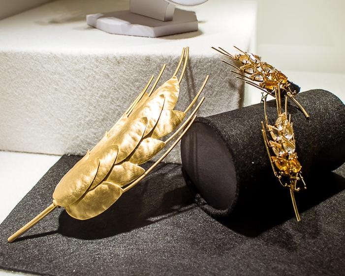 80s - orecchini e la spilla di grano metallo dorato