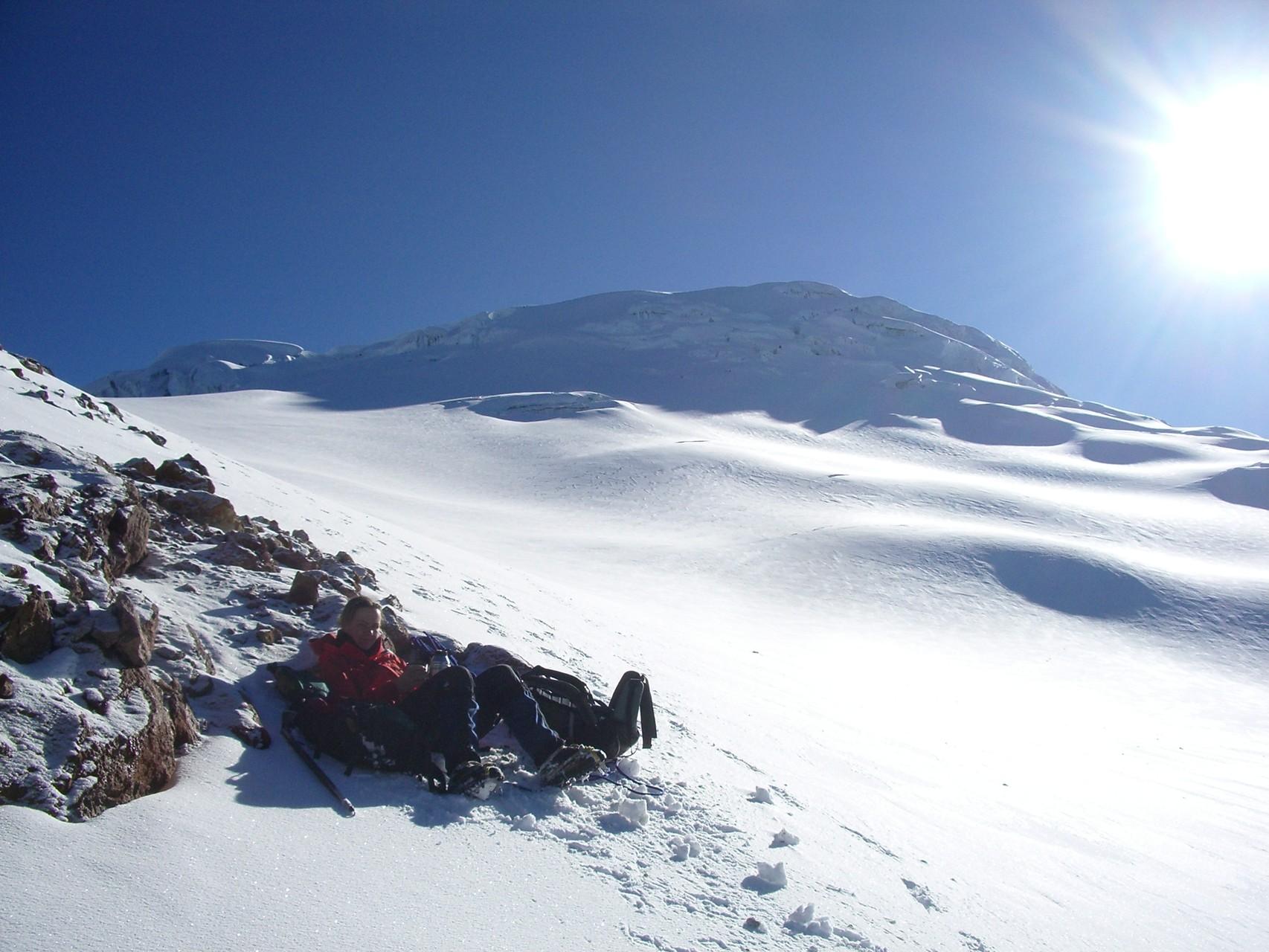 Der Cayambe - Pause während des Abstiegs nach dem Gipfelsturm