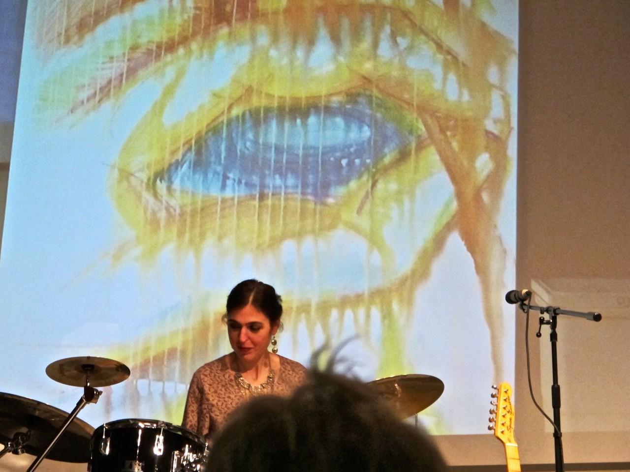 """Auftritt im Kulturzentrum Marstall Ahrensburg """"Die Beziehung von Farbe, Form und Klang"""""""