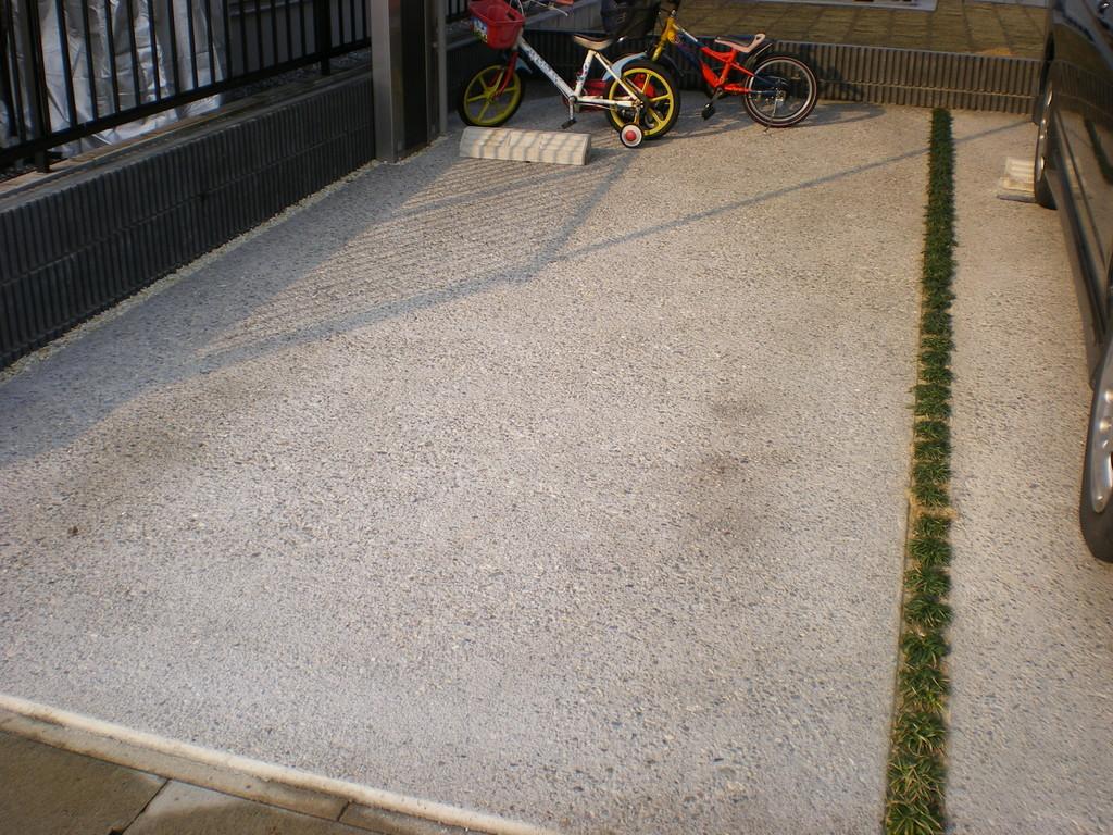 コンクリート洗い出し仕上です。