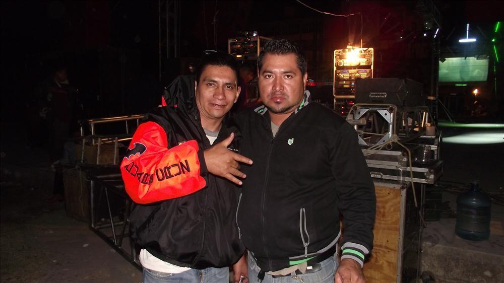 PEDRO FLORESSONIDO BALLESTERO Y SONIDO FANATICO DE LALO