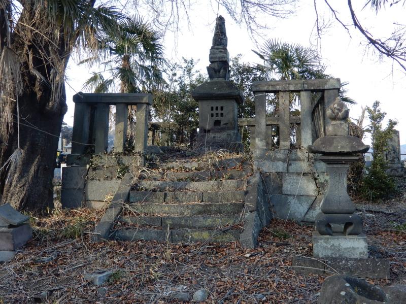 g05-2 大日様(旧良源寺)の宝篋印塔