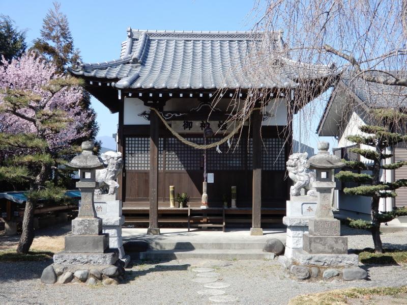 h05-1 百品神社(いくしな)