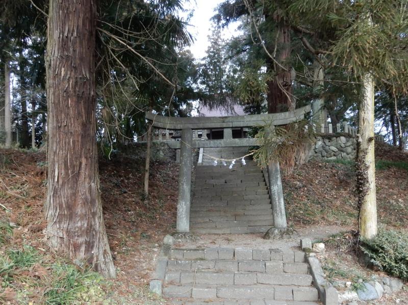 d16 諏訪神社