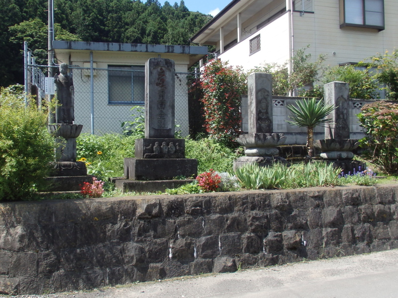 f03-3 深沢宿の石碑群
