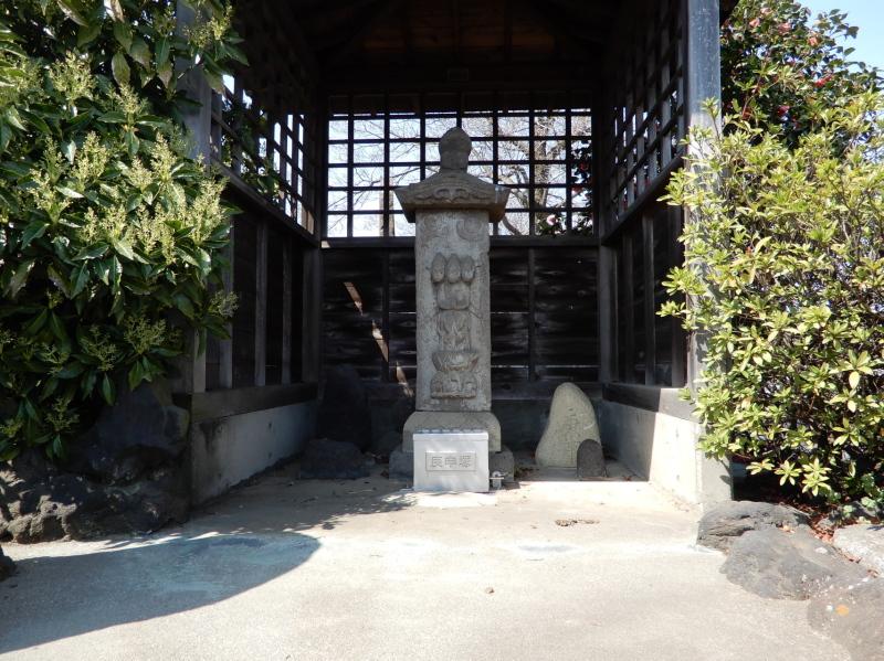 i12 上江田の庚申塔