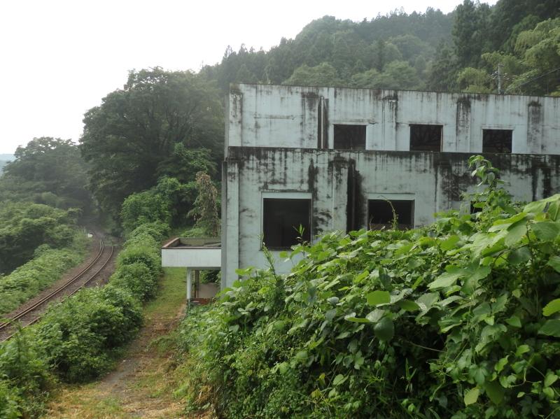 c10-2 わ鉄と神戸発電所跡