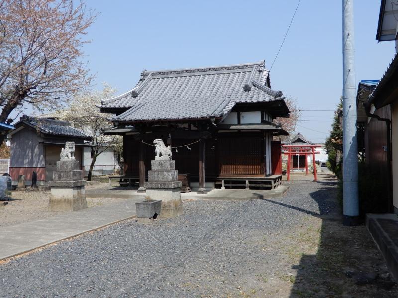 i32-3 須賀神社拝殿