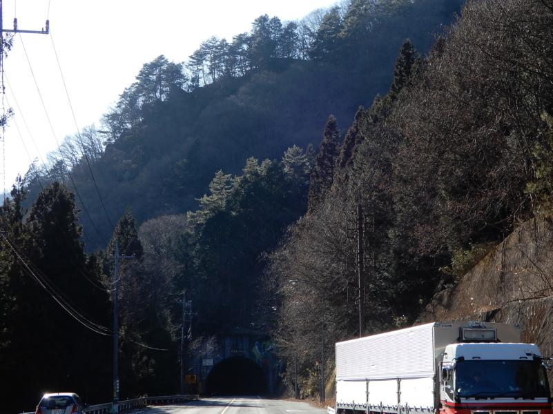 a23-3 足尾トンネルと小名峠 (実際の街道はこの上を馬で越した)