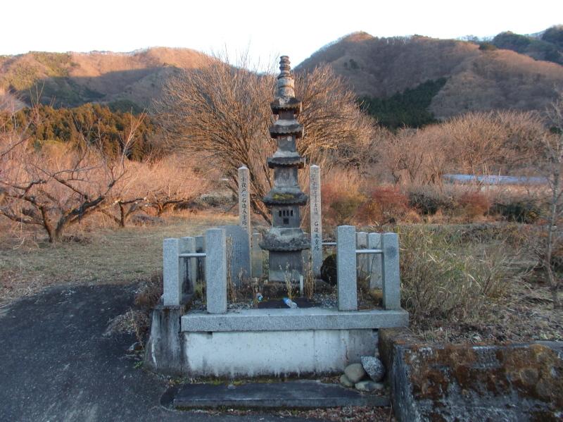 c33 石造五重塔
