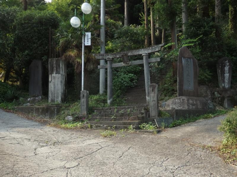 e19 黒峯神社入り口