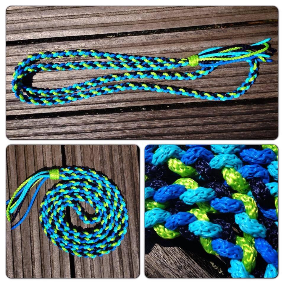 dunkelblau türkis blau und lime