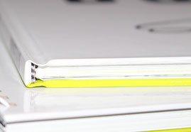 Hardcover mit farbigem Umschlag
