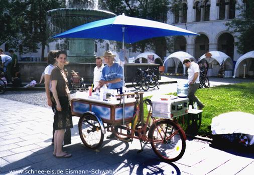 Schnee-Eis, Streetlife Festival, Leopoldstrasse