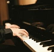 ピアノを習うときの楽器選び