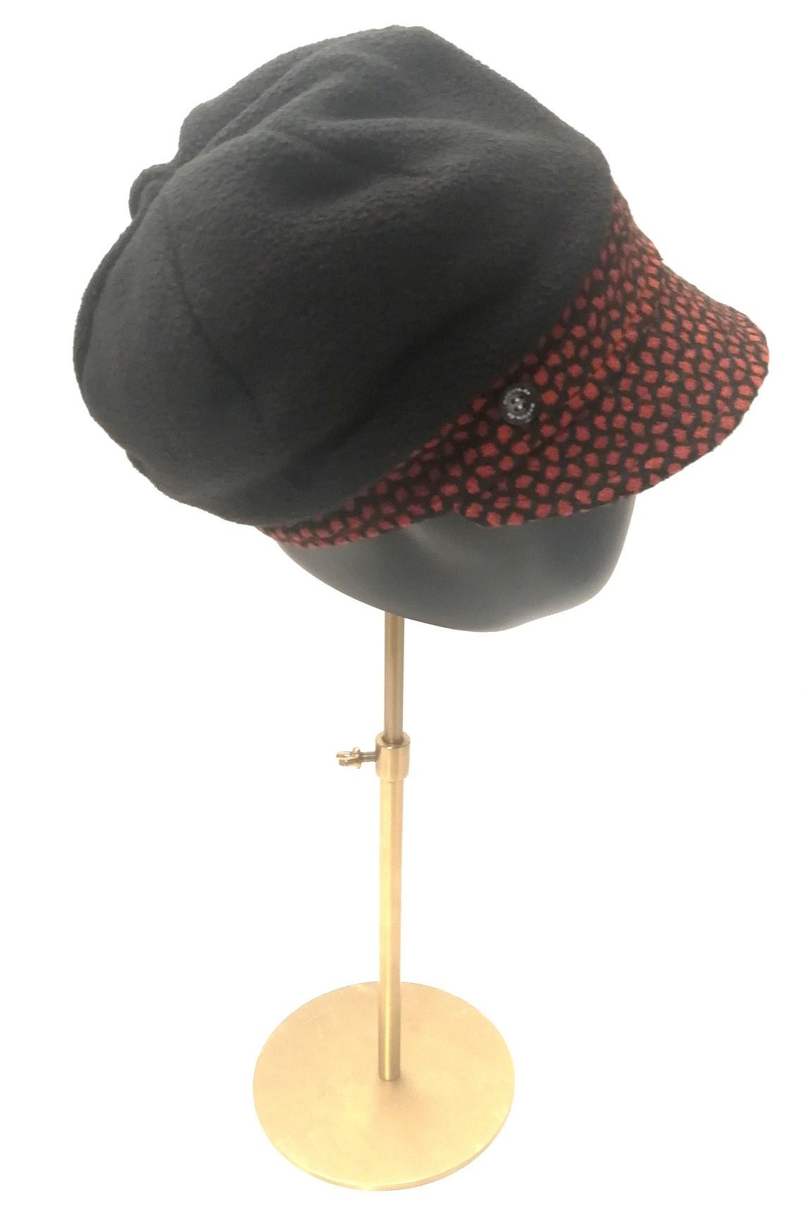 Kuschelige Mütze aus Polarfleece und Wollstoff mit Innenfutter aus Viskose.  Manufakturarbeit :-) 59,90 € - bestellbar