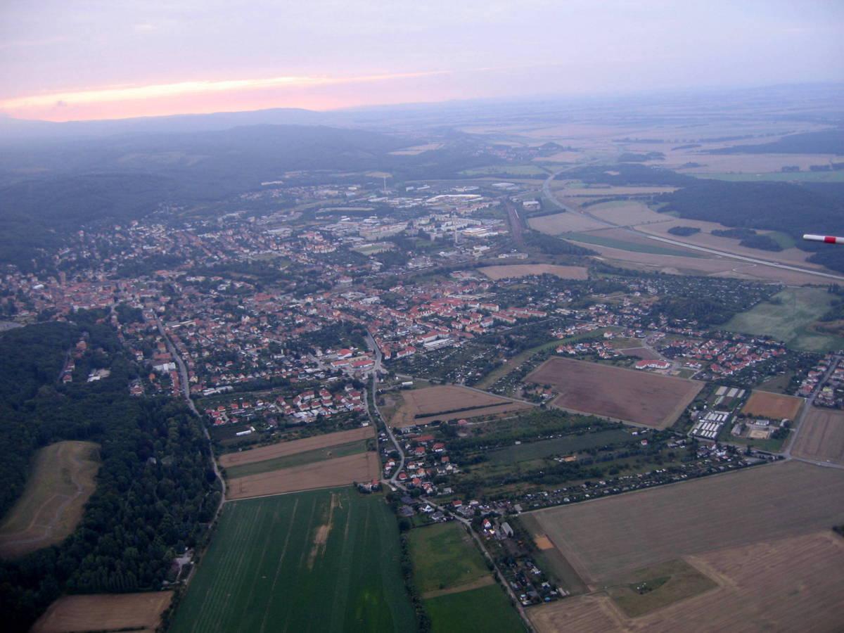 Blick vom Bruch aus Richtung Blankenburg im Westen