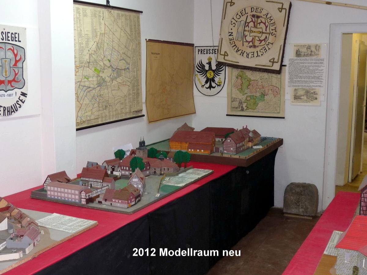 Häusermodelle aus dem Ort