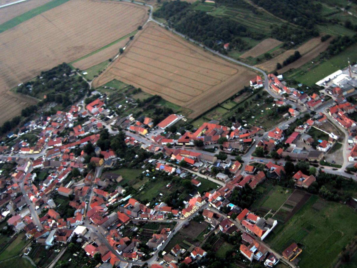 Blick auf Dorfmitte, Word und Kirche