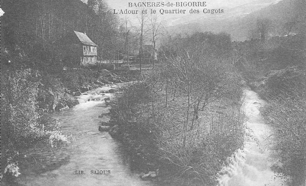 Bagnères-de-Bigorre - l'Adour et le quartier des cagots