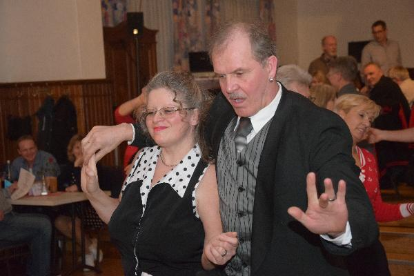 Unser DJ Jochen mit seiner Marianne