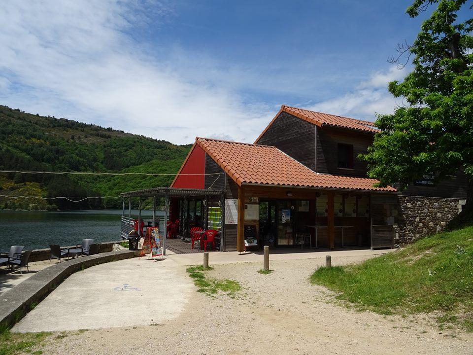 ACCUEIL PÊCHE ET NATURE - Bar Restaurant - Le Lac - 04 66 46 33 91