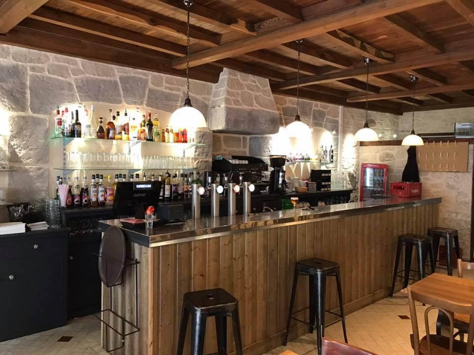 LE NATIONAL - Brasserie Glacier - 53 Place du Bosquet - 04 66 46 80 50