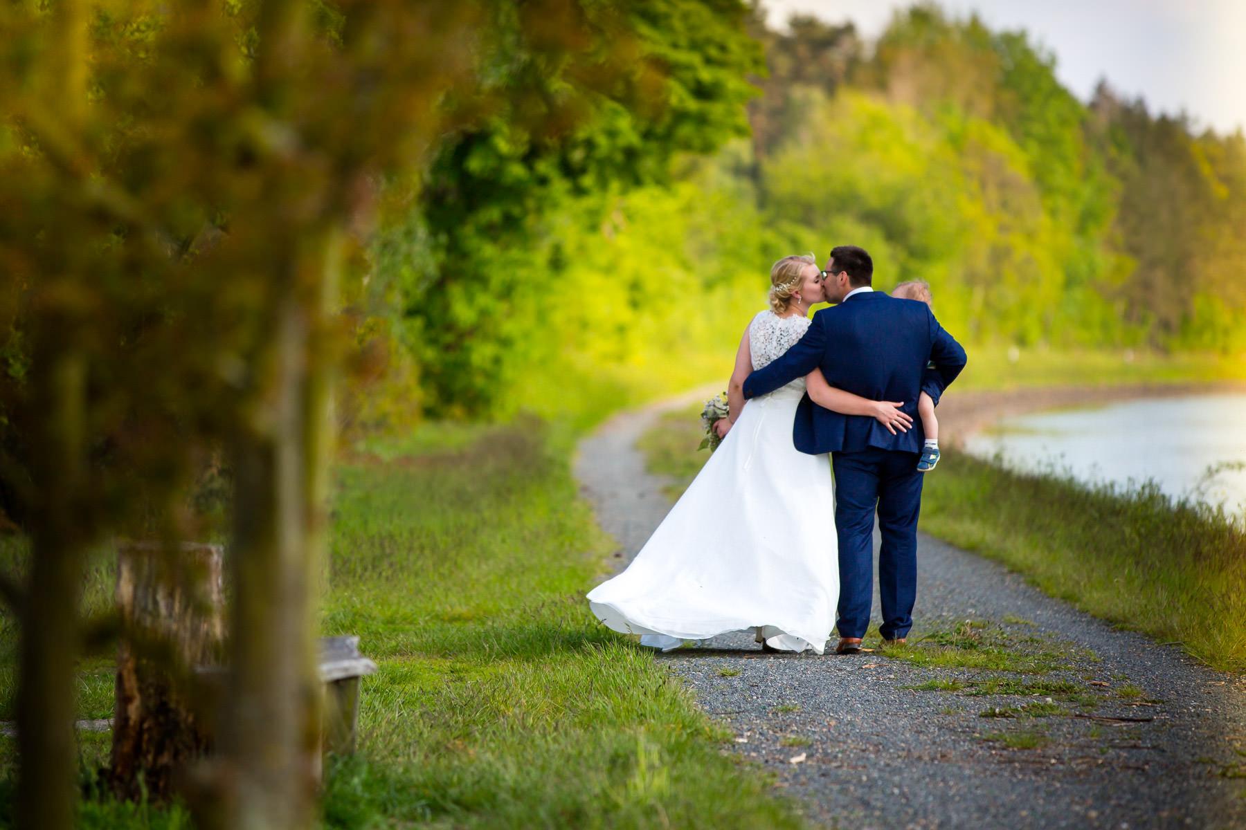 Brautpaar Shooting am Elbe Seiten Kanal