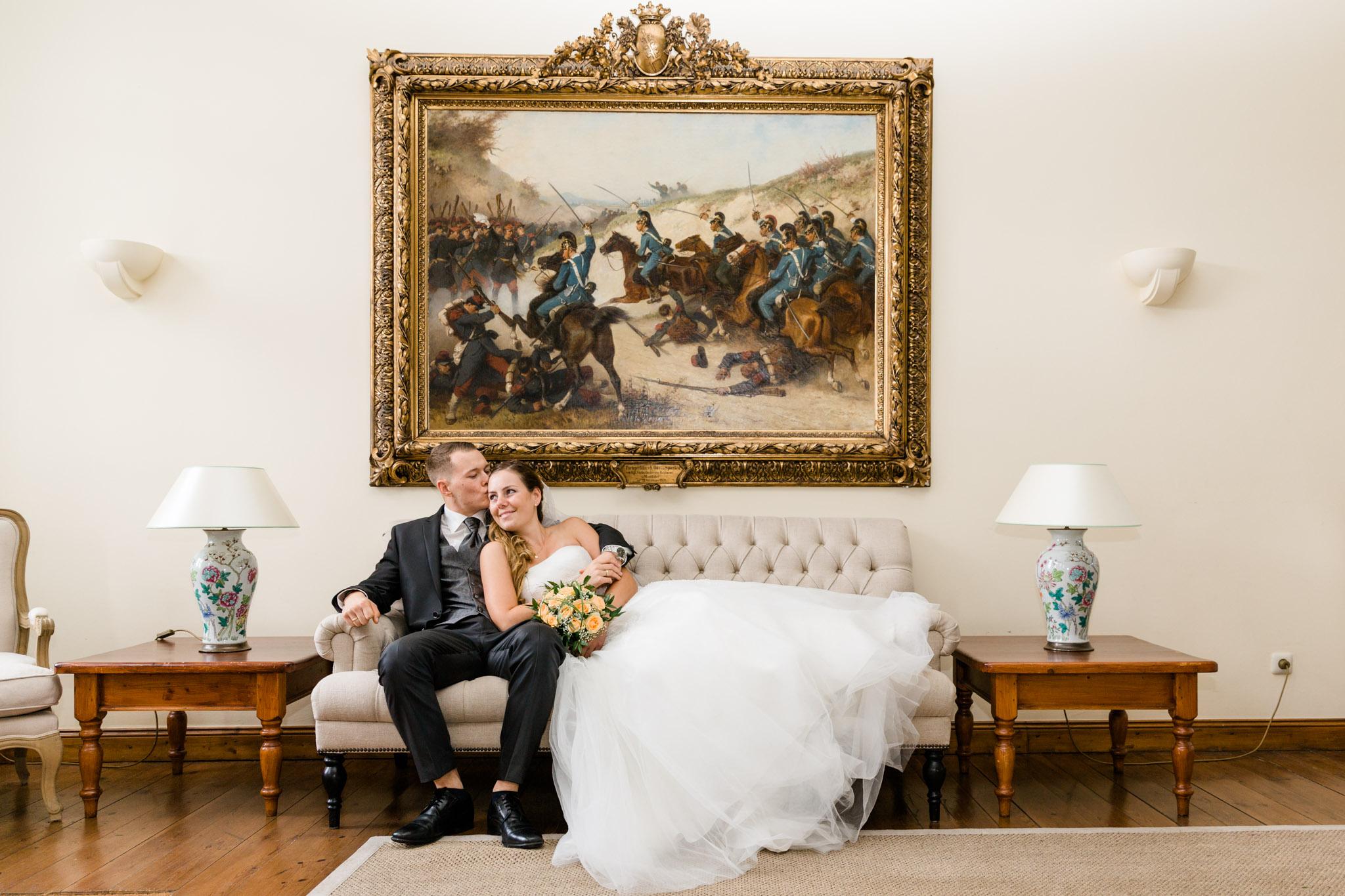 entspanntes Brautpaar auf Schloss Lüdersburg