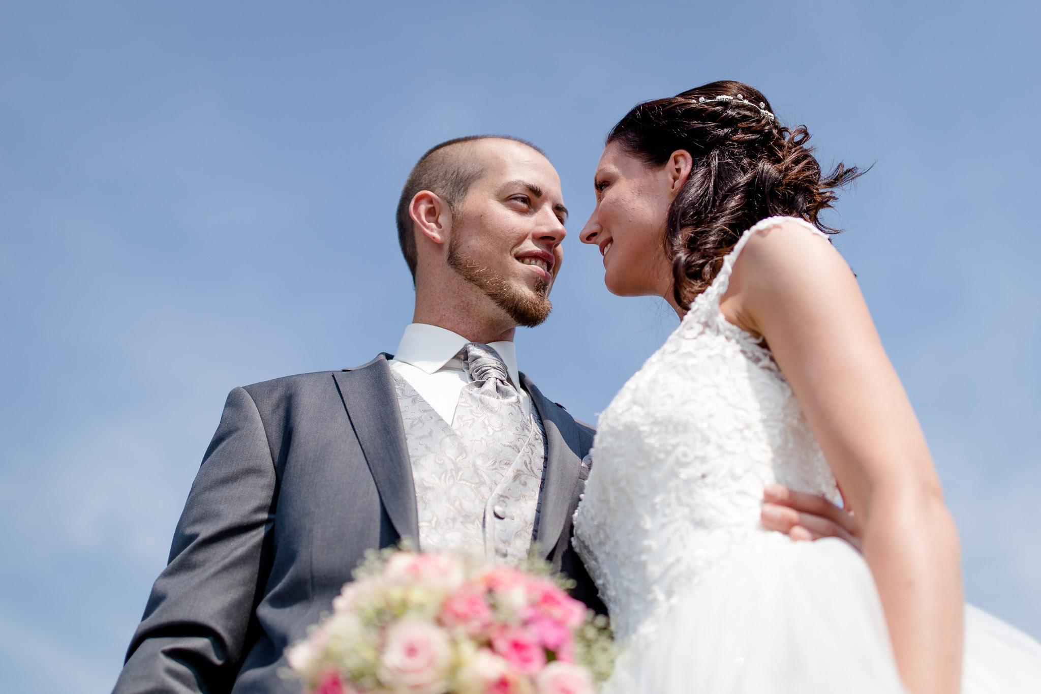 Brautpaarshooting über den Dächern von Lüneburg