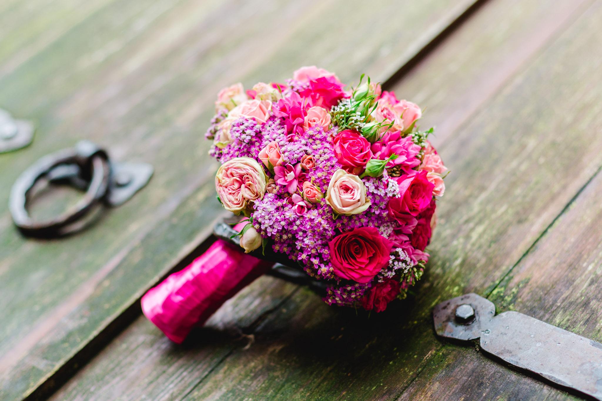 Brautstrauß im Standesamt