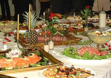 Wenn ich die ganze Zeit Essen anschauen muss bekomme ich Hunger ;-)