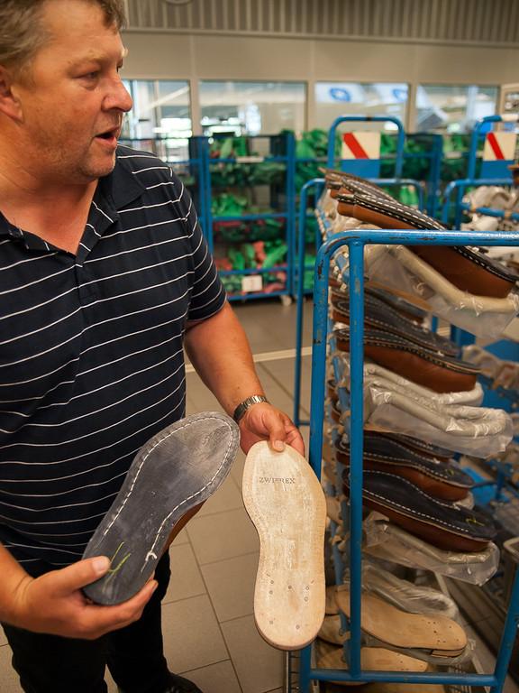 Neben den rahmengenähten (Goodyear-Welted) Schuhen finden auch andere genähte Fertigungsverfahren Anwendung.