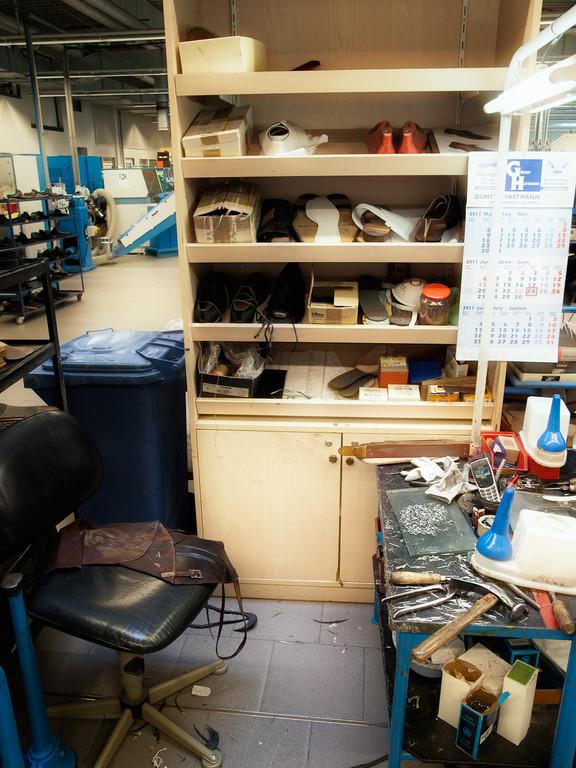 Ein Arbeitsplatz, an dem jeder Schuhmachermeister sofort anfangen kann.