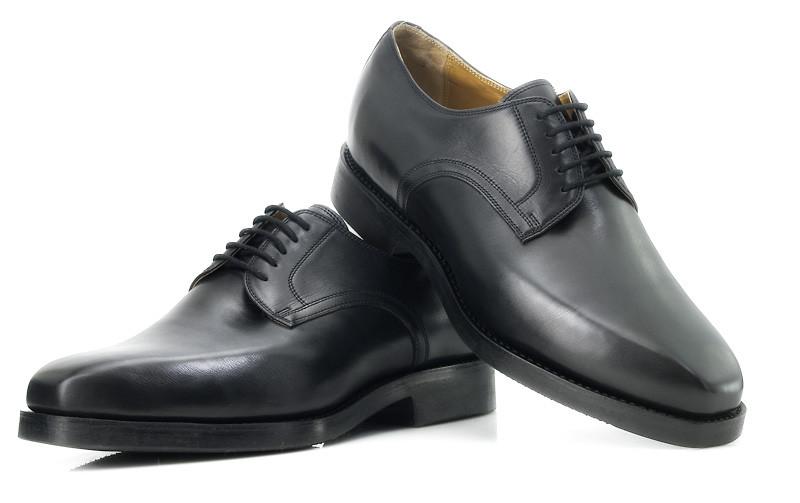 Die Vorlage für diesen Herrenschuh fand sich bei shoepassion (#533)