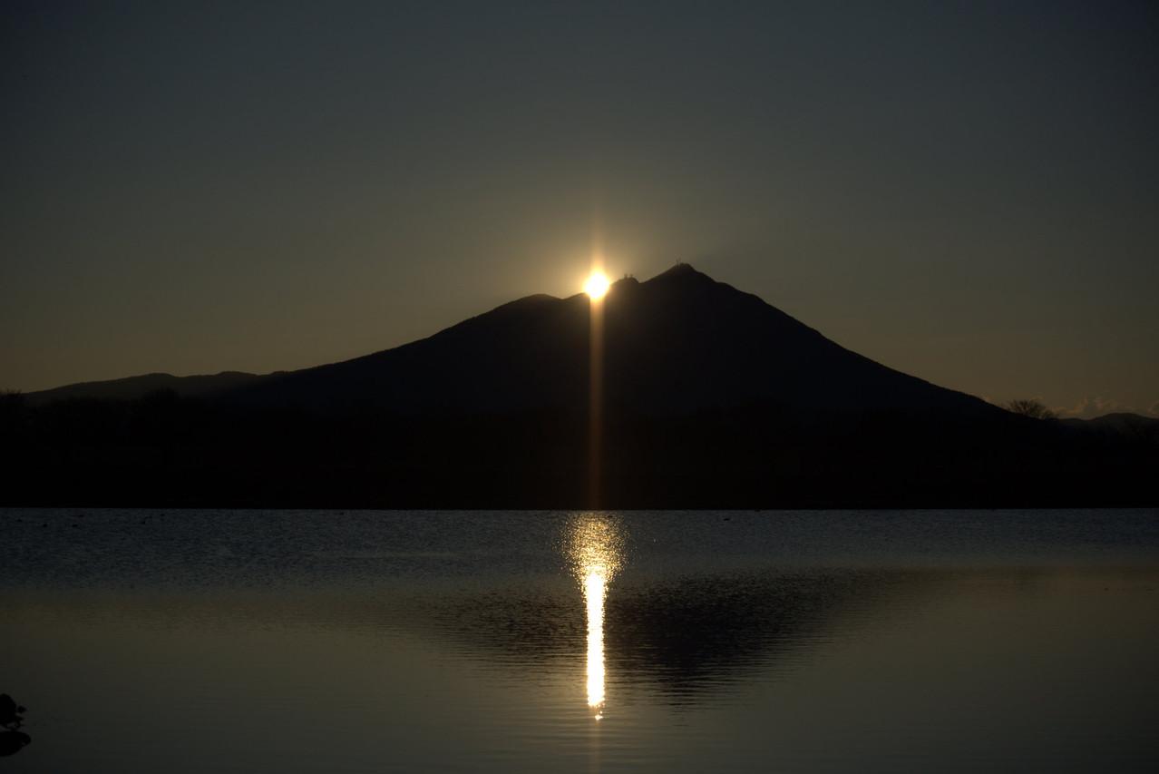 茨城県などが主催する筑波山ベストビューコンテストにおいて最優秀賞に選ばれた、母子島遊水地からの筑波山