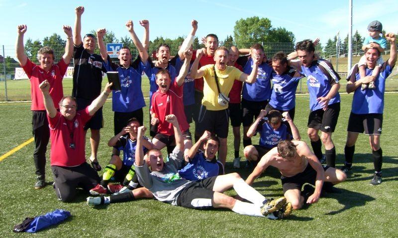 Die Männermannschaft der SG Wöpkendorf 2010/2011