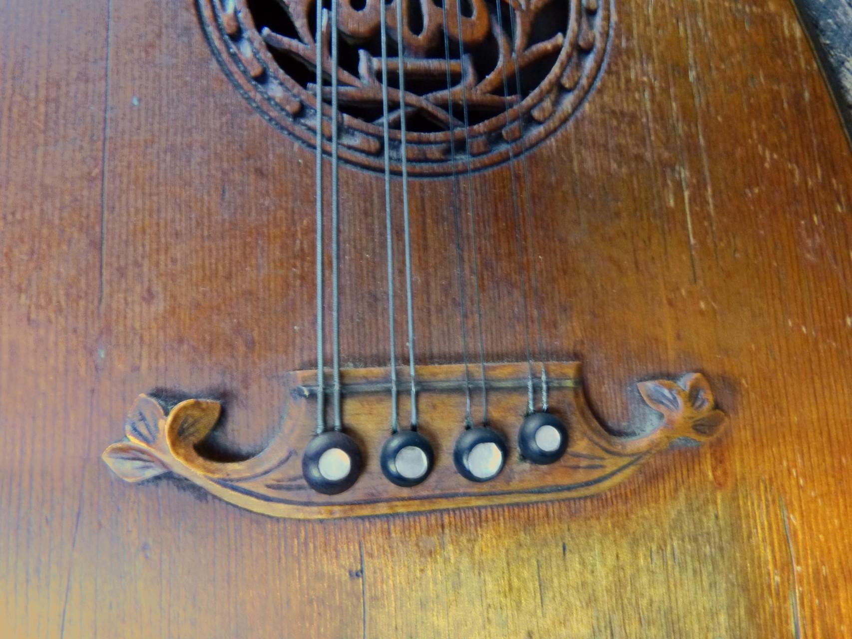 1920 Mandolina Goldklang