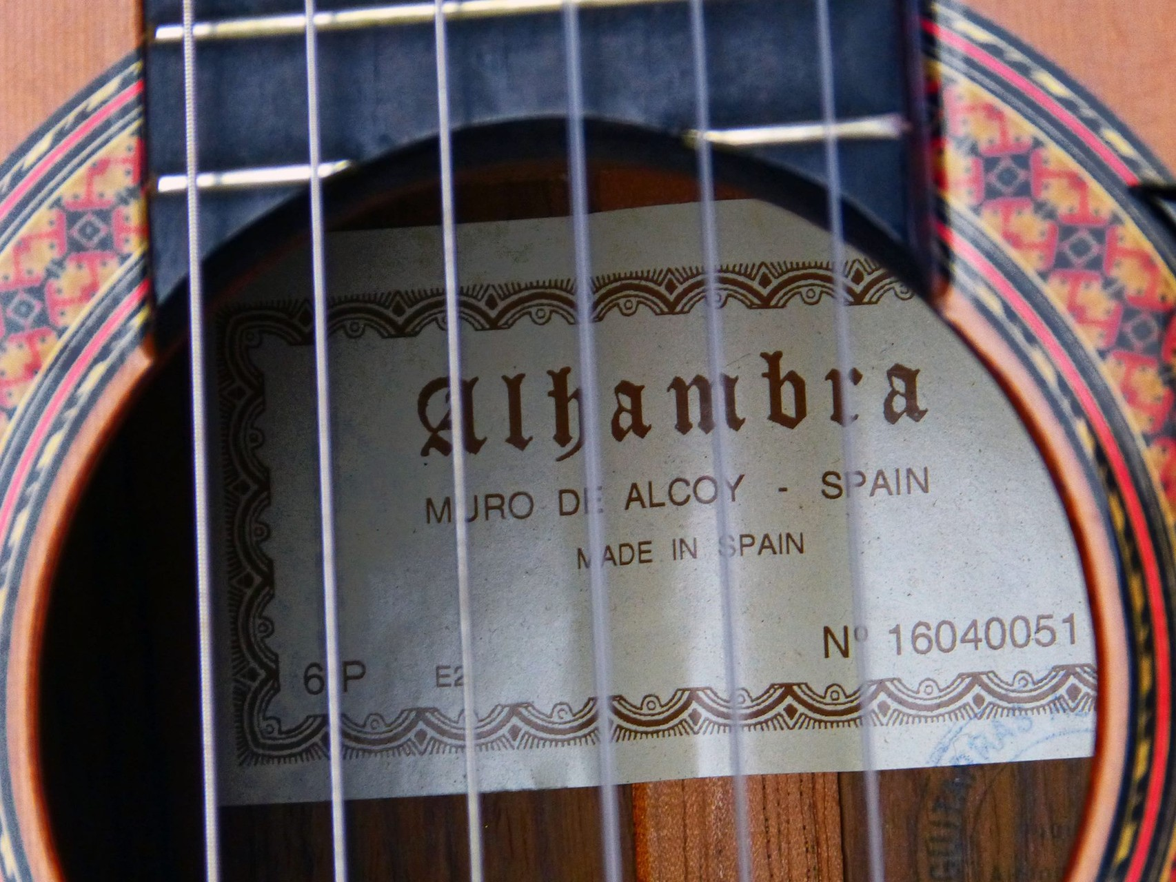 2001 Clásica Alhambra 6P