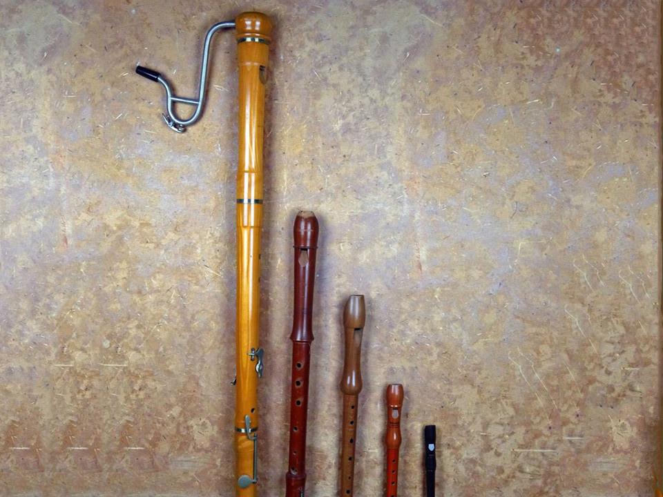 ca. 1950 2012 Flautas de pico
