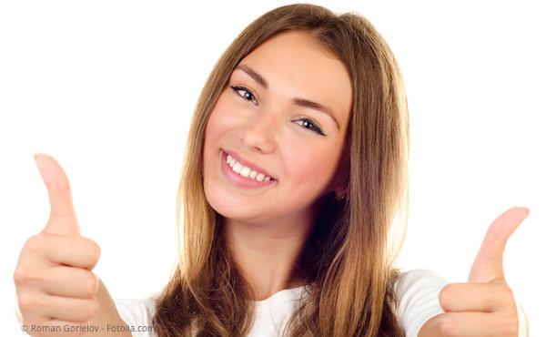 Andere müssen es nicht unbedingt sehen, dass Sie Ihre Zähne kieferorthopädisch regulieren lassen.
