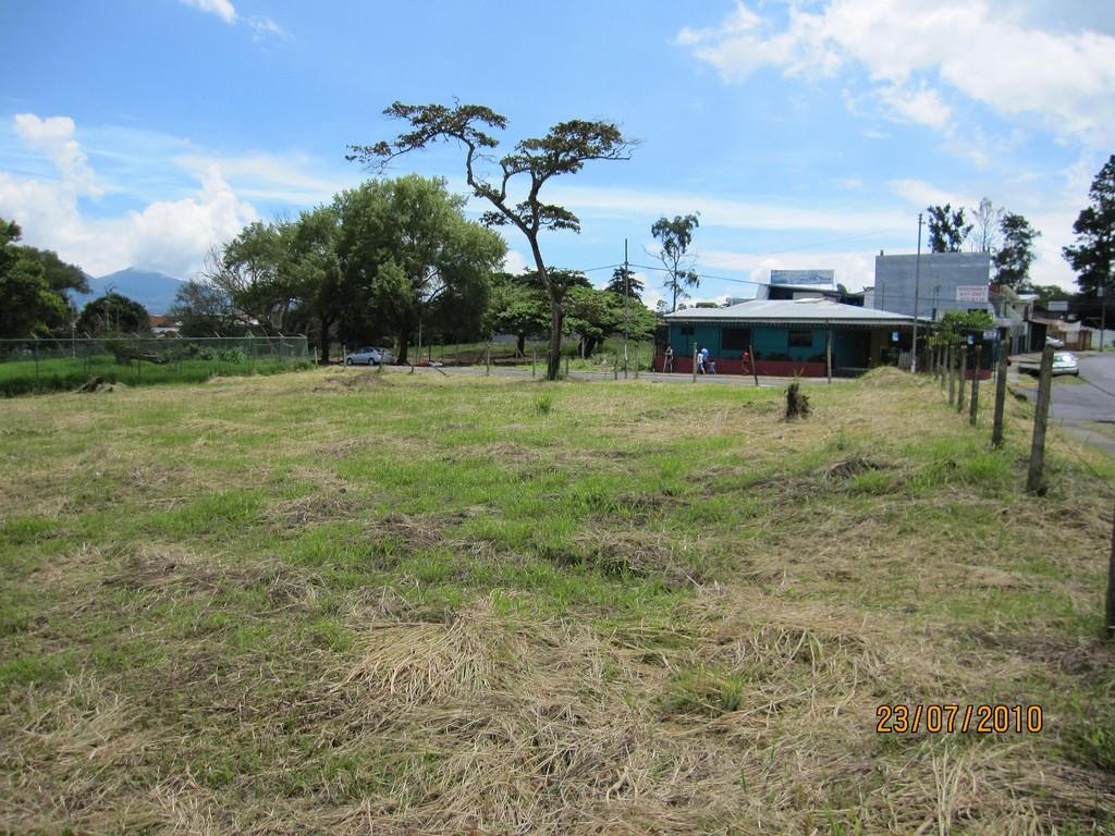 Evaluación ambiental de futuro edificio institucional, Coronado (2010)